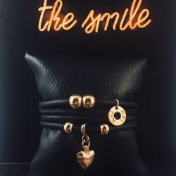 Bracelet 4 tours cuir noir...